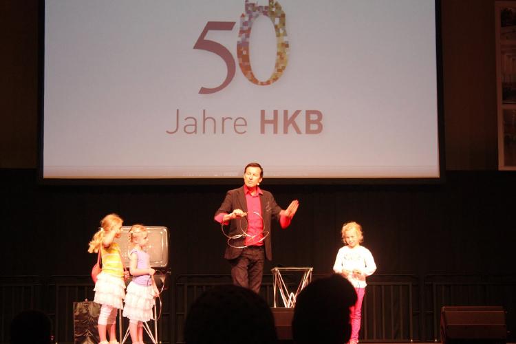 13° Crossmedia Agentur - Neuwoges – 50 Jahre HKB